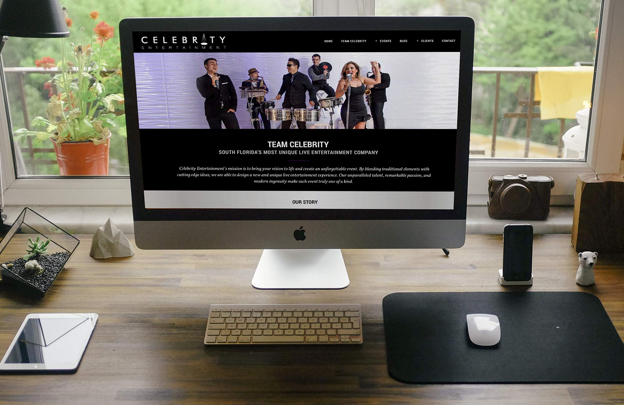Website on iMac 27 inch - Celebrity Entertainment